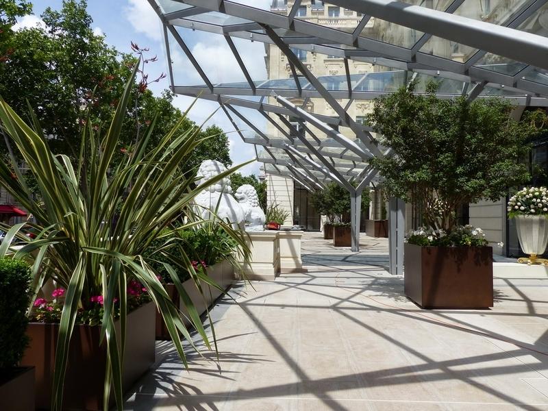 Mobilier De Castelli à l'hôtel Peninsula